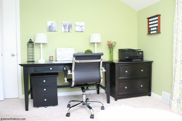 green-home-office-black-desk-modern-desk-chair-2-768x512