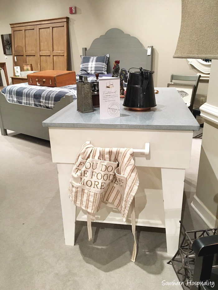 Great A small kitchen island
