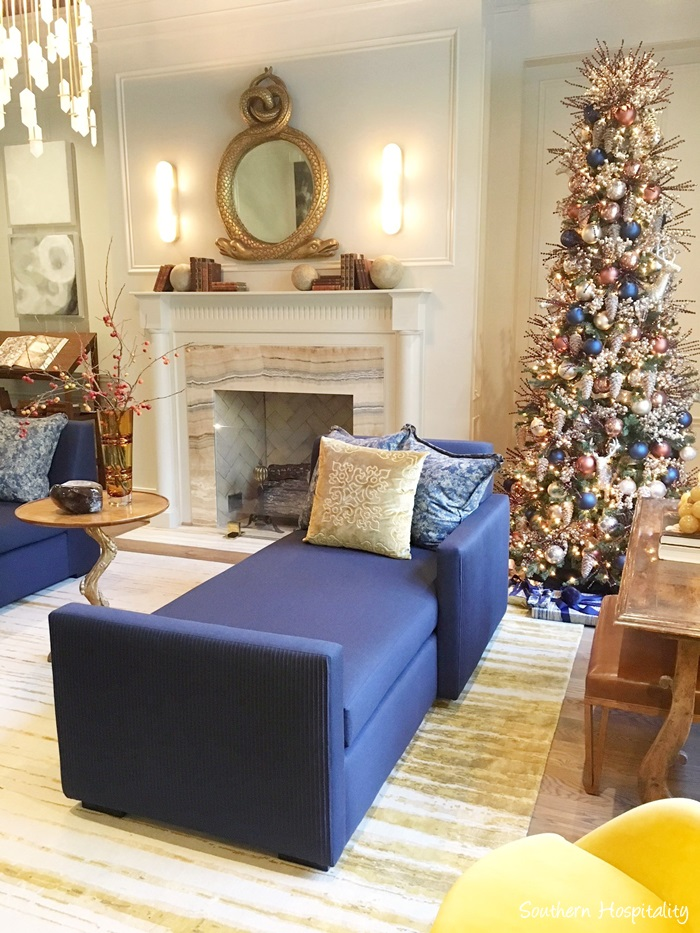 Beautiful blue holiday decor in Atlanta showhouse 2017