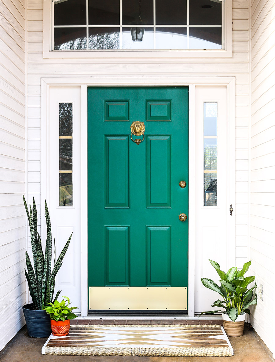 Painting Interior Doors outside