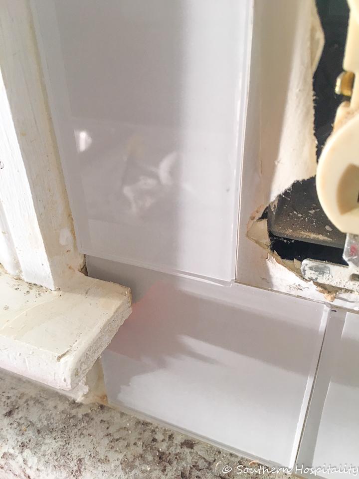 Peel and Stick Tile Backsplash