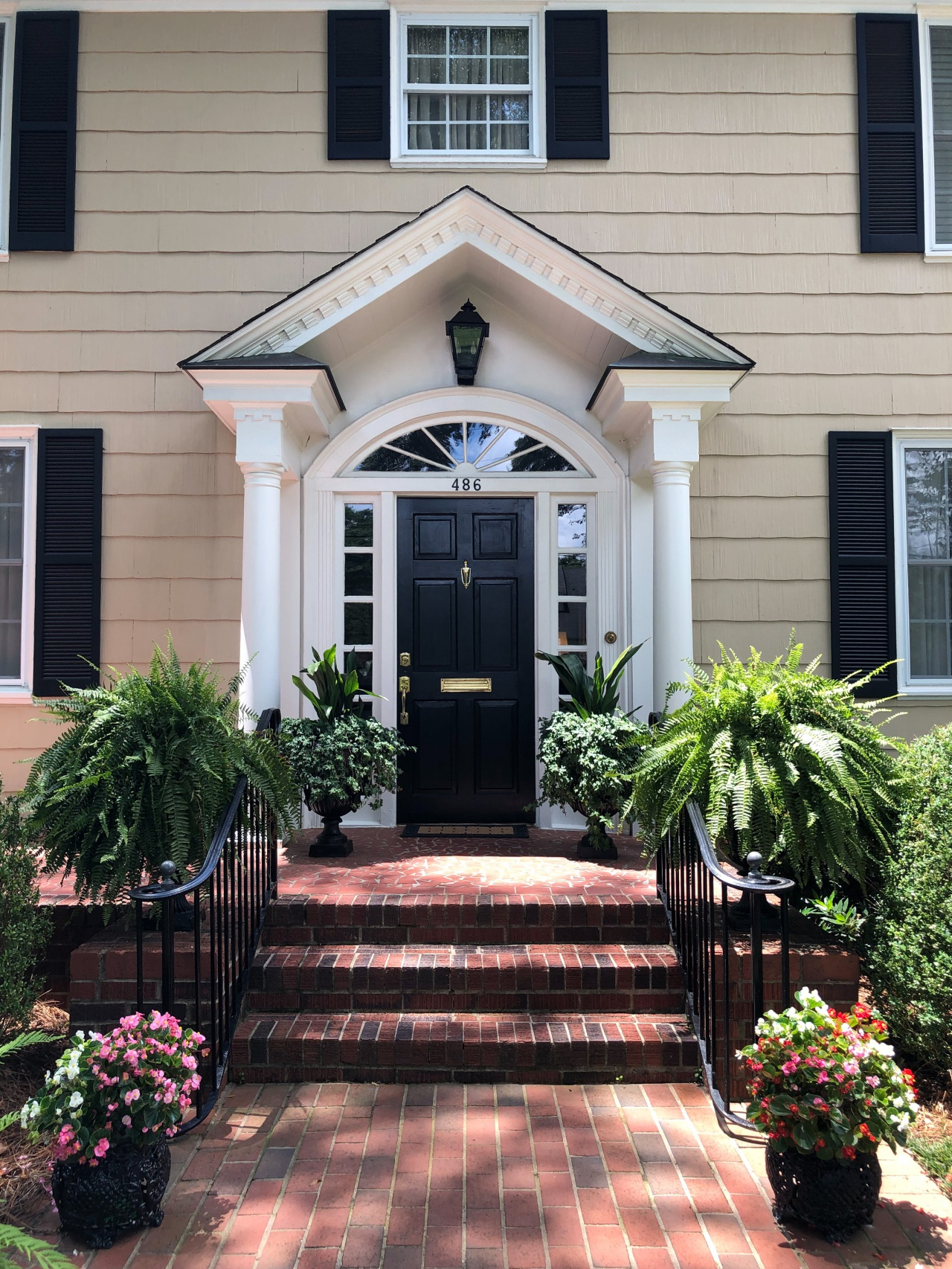 Feature Friday:  Adorned Southern Home