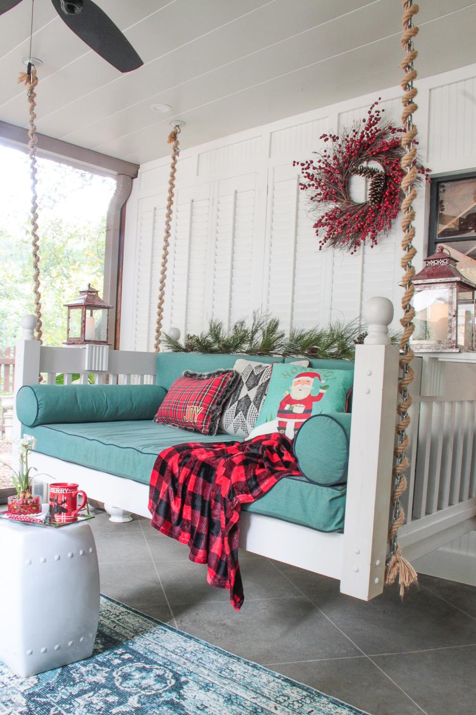 Christmas decor screen porch