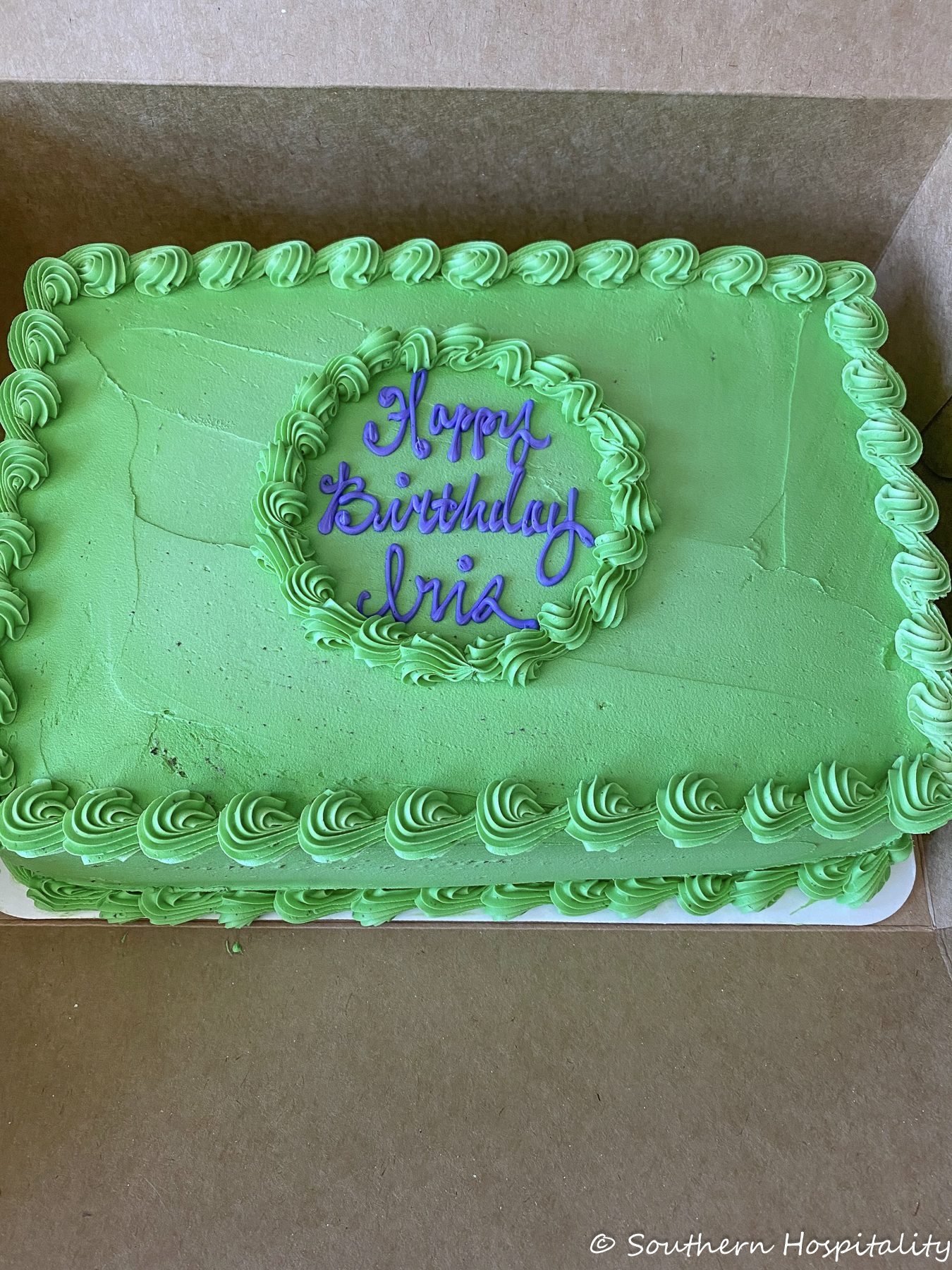 How to decorate a store bought cake inexpensively